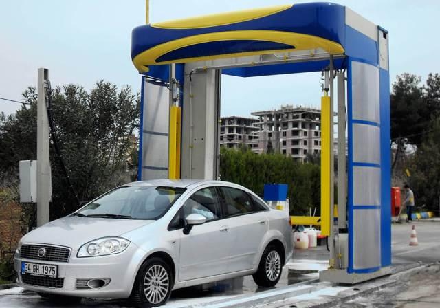 Hệ thống rửa xe ô tô tự động kiểu dùng vòi phun áp lực
